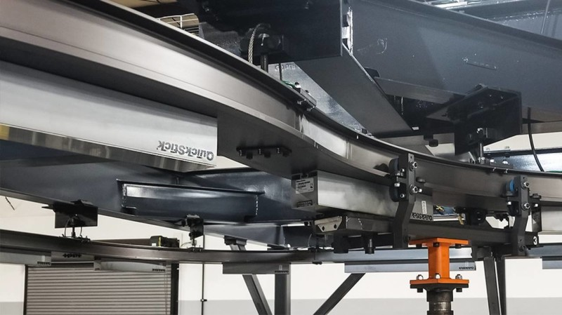KUKA's New Conveyor Technology for Safe Transport of Car Bodies