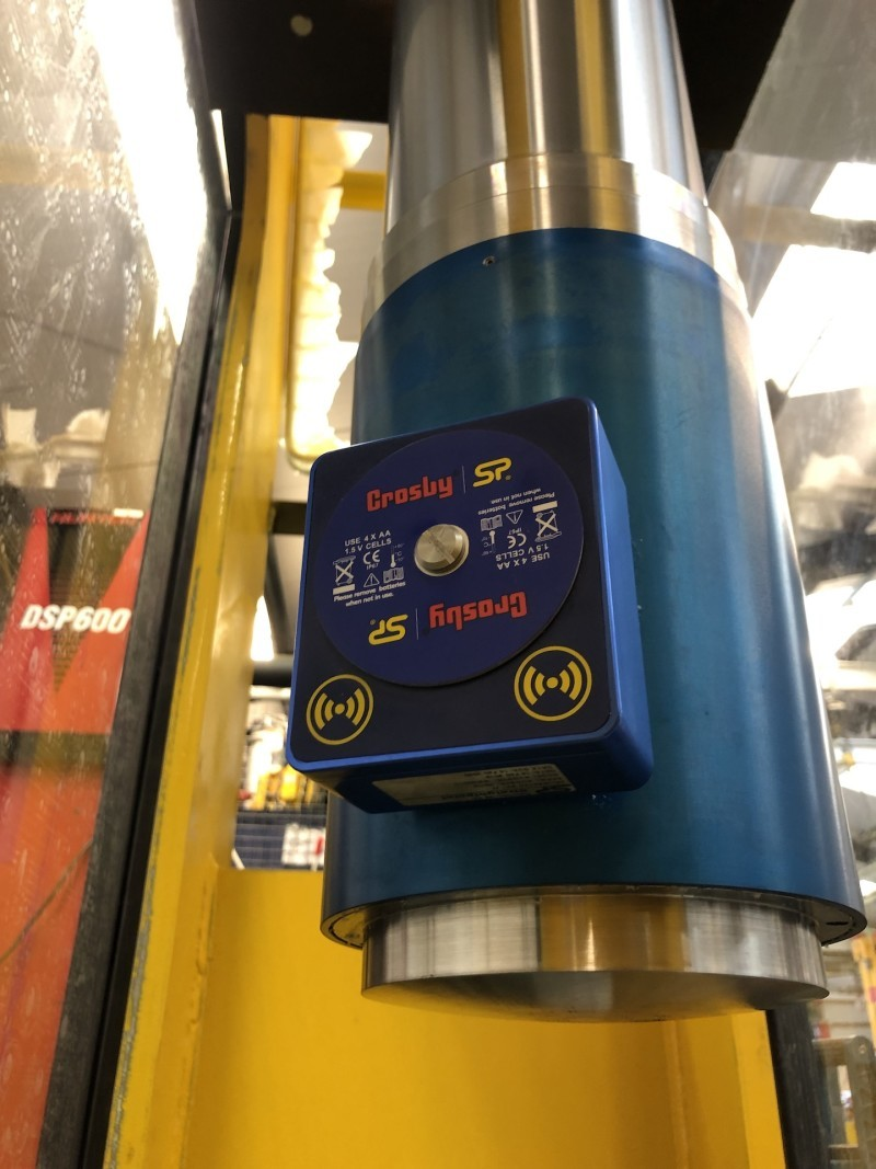 Worlifts Installs SP Compression Load Cell on Test Machine