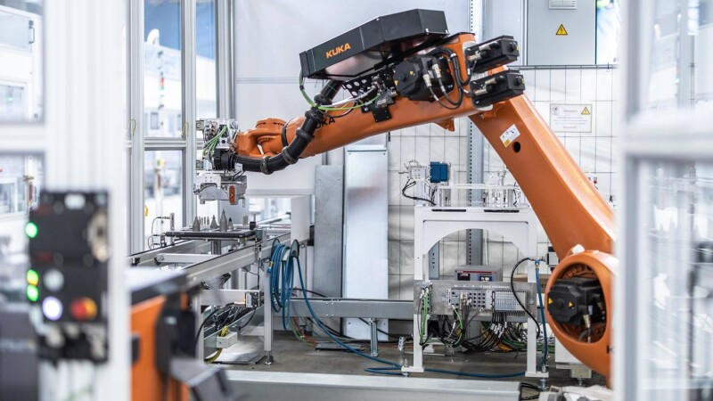KUKA to supply around 50 robots for production lines for e-mobility provider