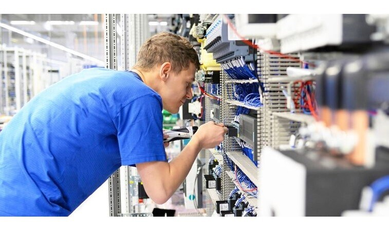 Job Offer By Hoefelmeyer Waagen GmbH - Electronics Technician